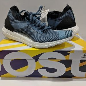 AQ0421 Adidas Ultraboost X Parley Running Shoes